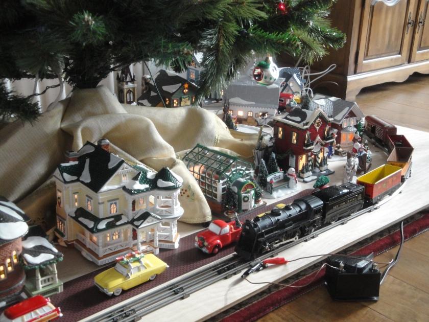 161218bbcut-trainset1
