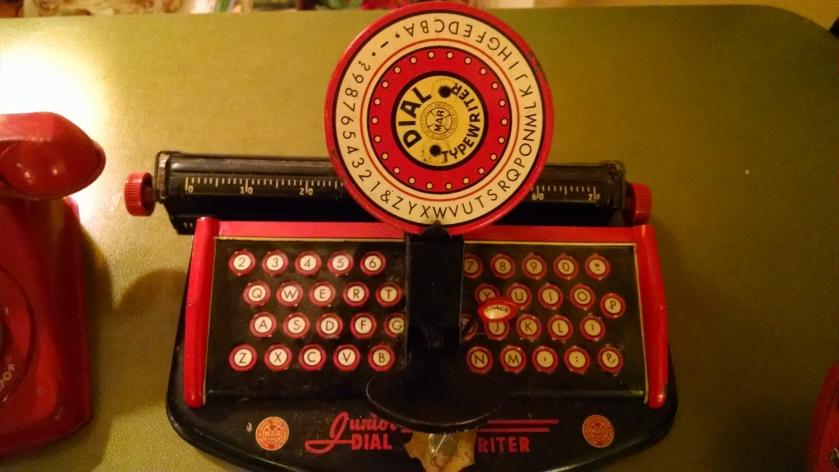 170608bbcut-toytypewriter