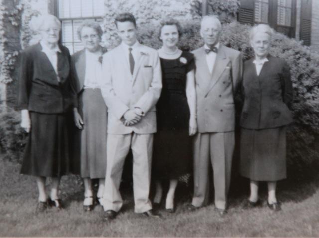 170726bbcut-familypicture2
