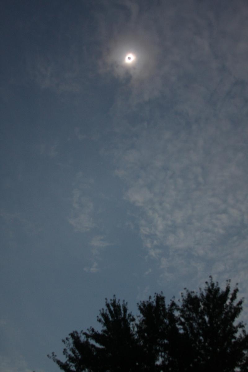 170829bbcut-eclipse6