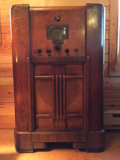 171113bbcut-oldradio2