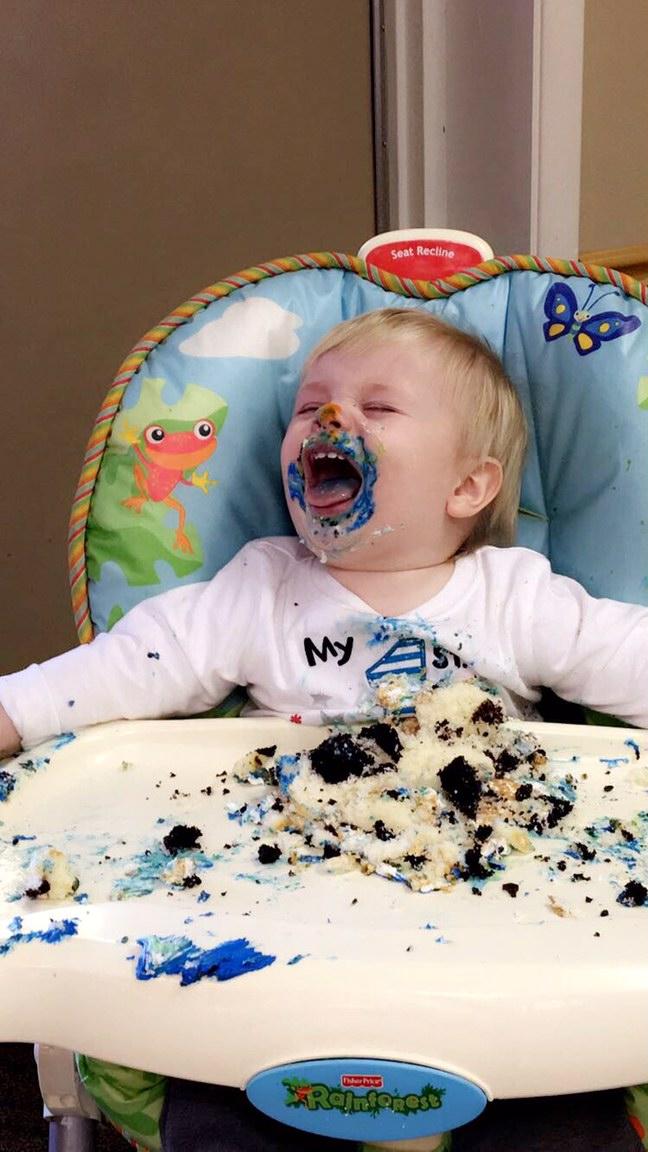 171117bbcut-cakeface