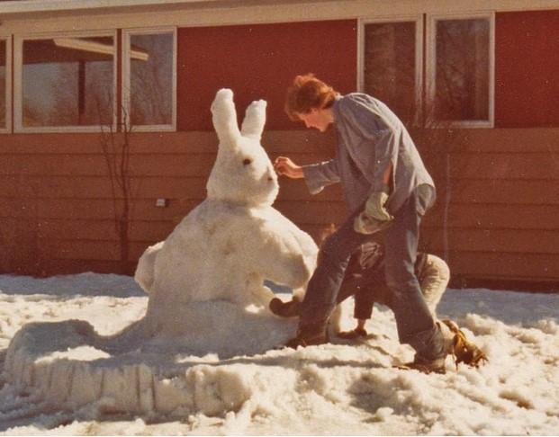 180214bbcut-snowsculpture1