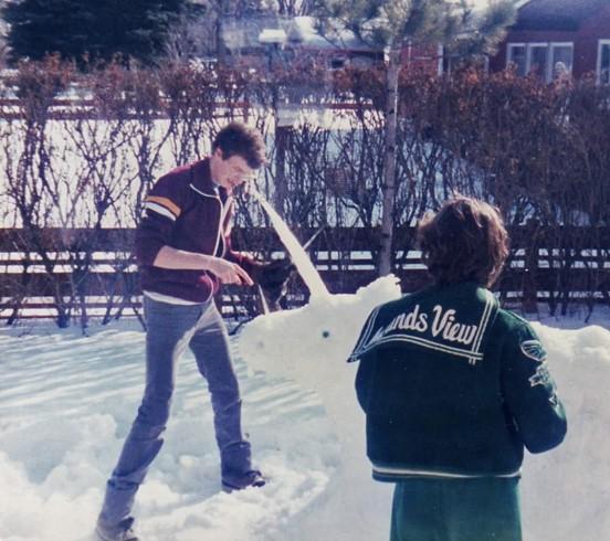 180214bbcut-snowsculpture4