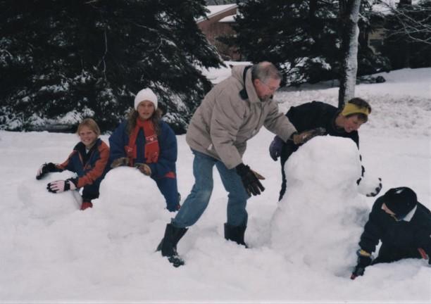 180214bbcut-snowsculpture7