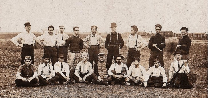 180410bbcut-baseballteam