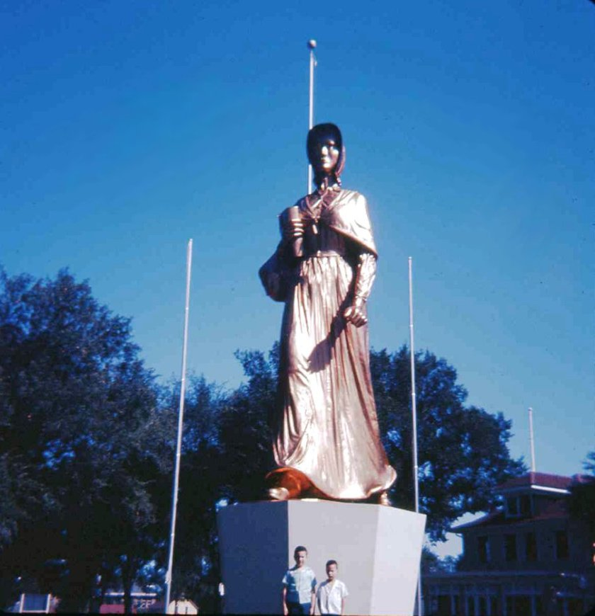 1958 State Fair Pioneer Woman Statue