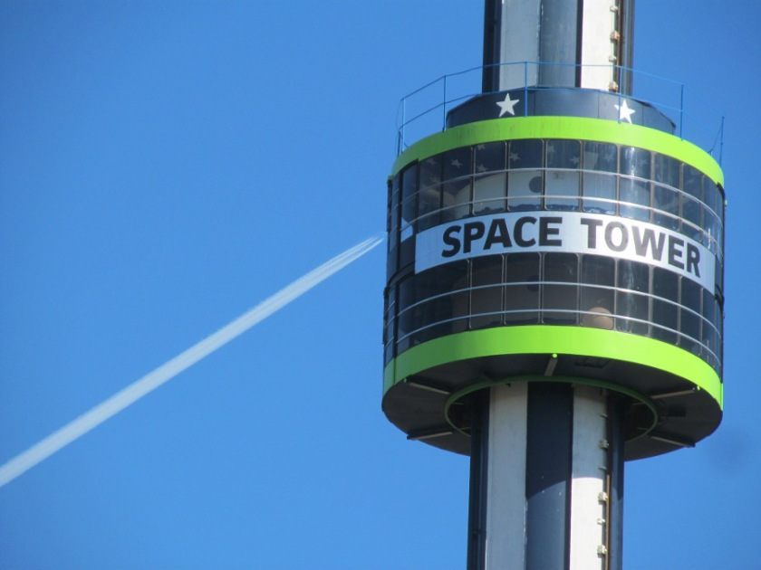 180920bbcut-spacetowerandjet