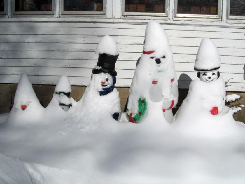 190226bbcut-snowgnomes2
