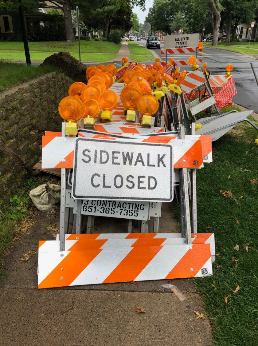 190805bbcut-sidewalk