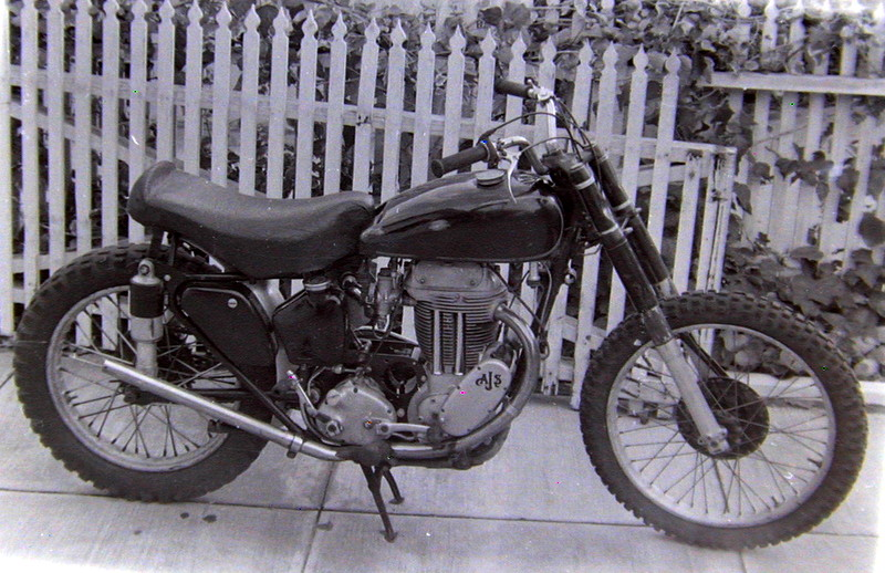 191111bbcut-motorcycle