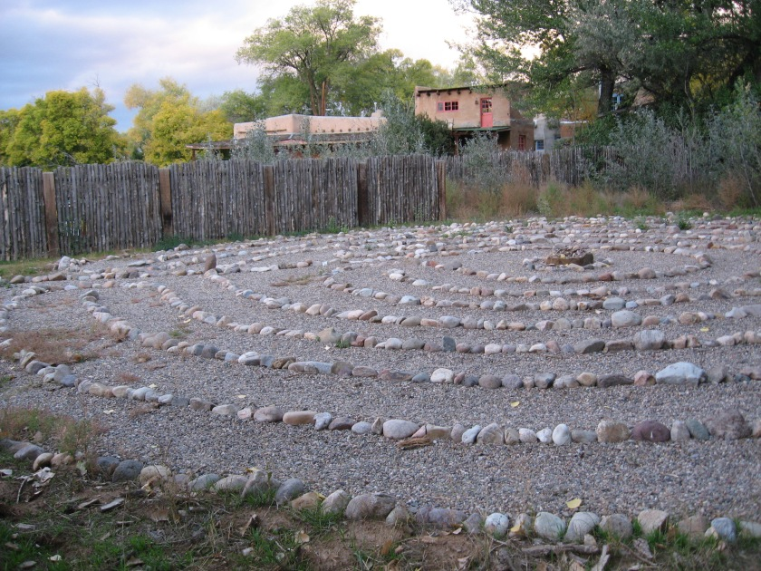 191225bbcut-labyrinth2