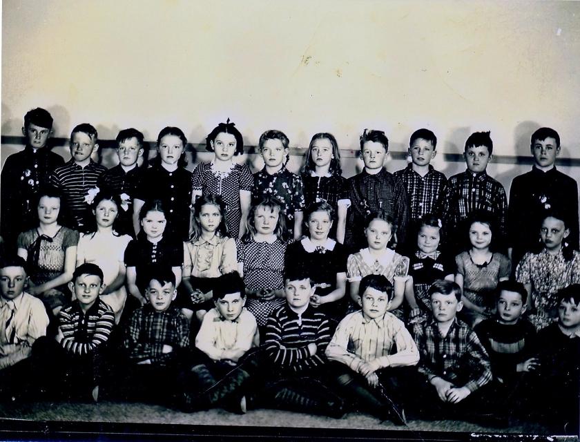 Edgcumbe school (c. 1940) (front)