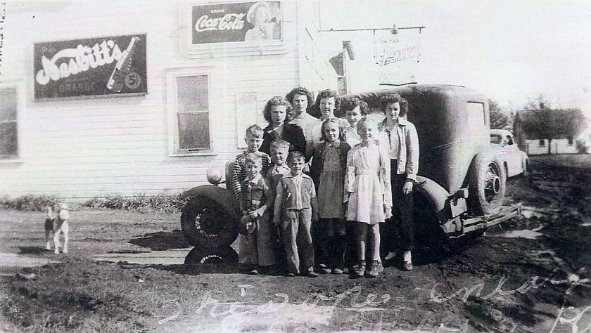 family of 4, 1923, Gary, SD 1