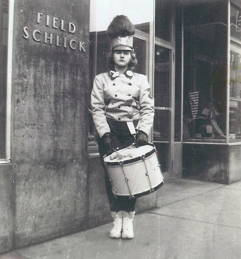 Field Schlick drummer girl