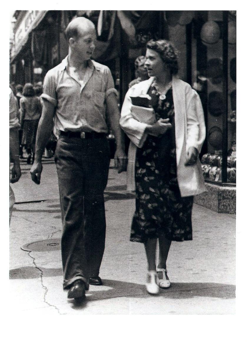 Sidewalk photo, Whitey & Evelyn