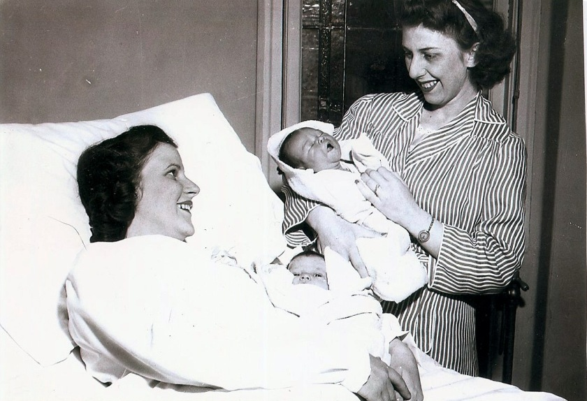Sister moms w: babies, 1950
